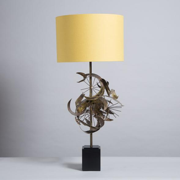 A Brass Brutalist Sculptural Table Lamp Attributed to Curtis Jere, 1970s