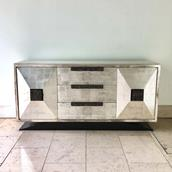 A James Mont style Silverleafed Cabinet USA 1950s Alternate image