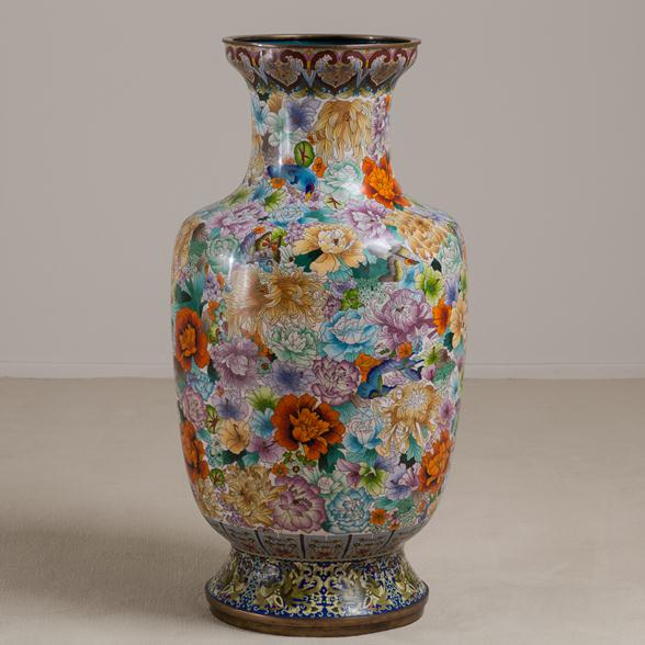 A Large Early 20th Century Chinese Cloisonne Vase circa 1900-1920