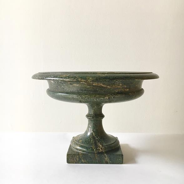 A Late Regency Serpentine Stone Tazza Cornwall circa 1830