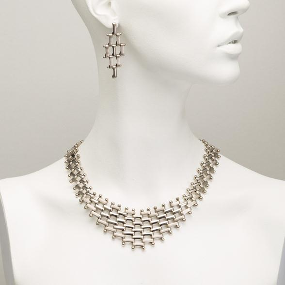 A Silver Link Chain-mail Necklace
