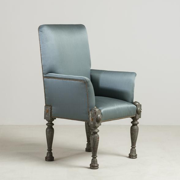 An Early 19th Century Anglo Indian Throne Armchair
